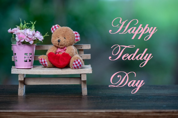 Happy teddy day with flower